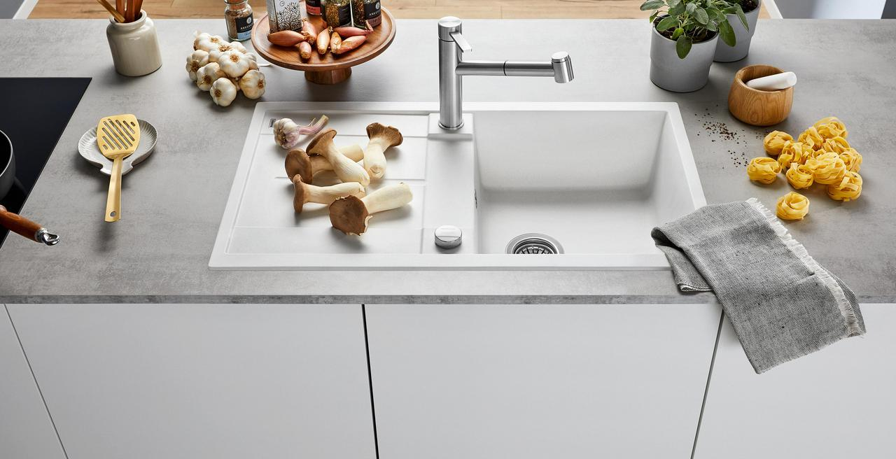 METRA - Un design moderne avec des cuves spacieuses