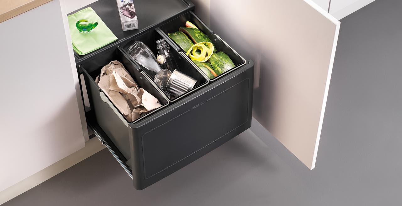 BOTTON_wastesystem - ideal waste management system for swing-door base cabinets
