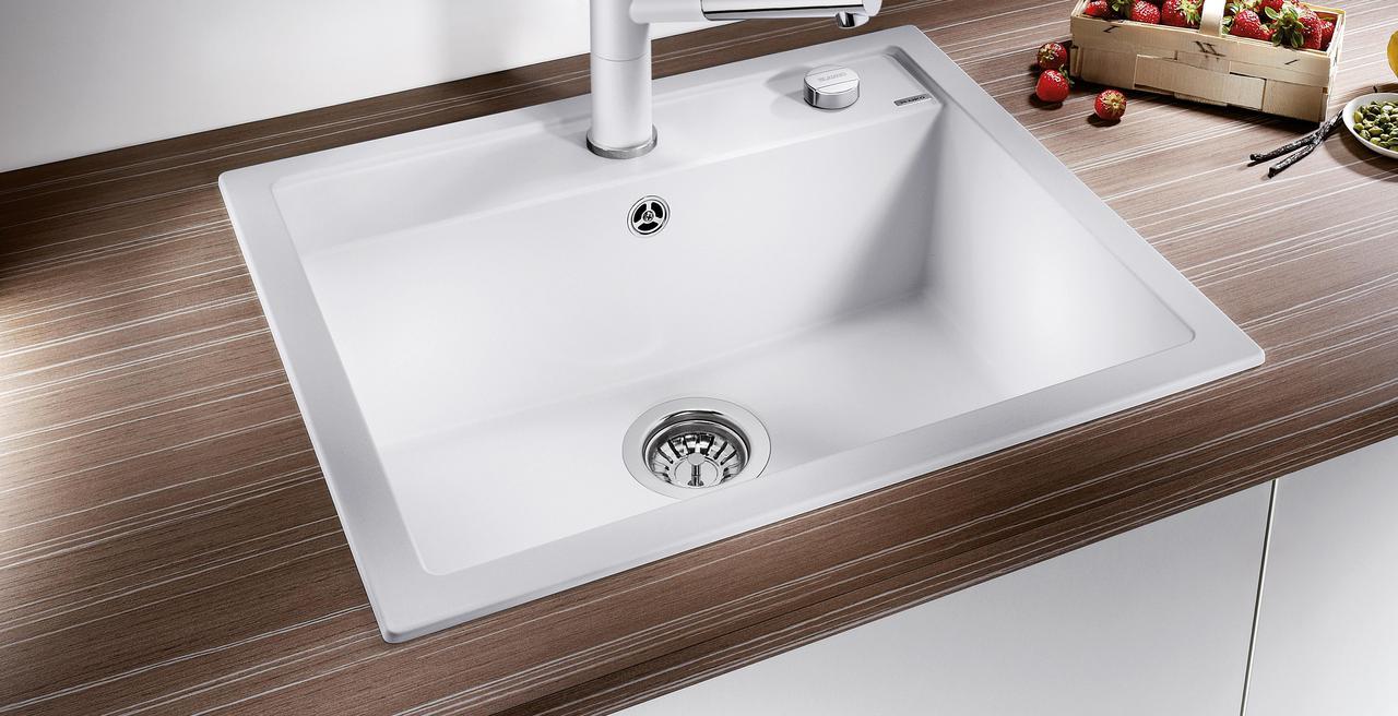DALAGO - Klares Design mit viel Platz und Zubehör