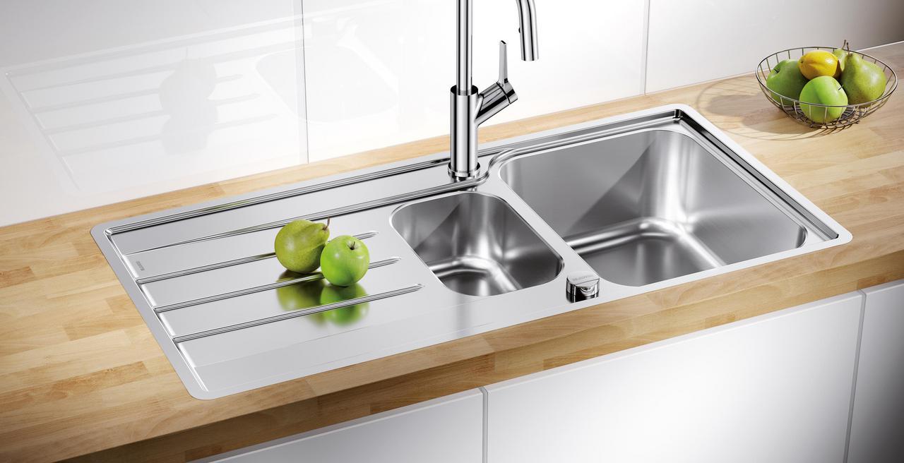 LEMIS - Viel Fläche für moderne Küchen