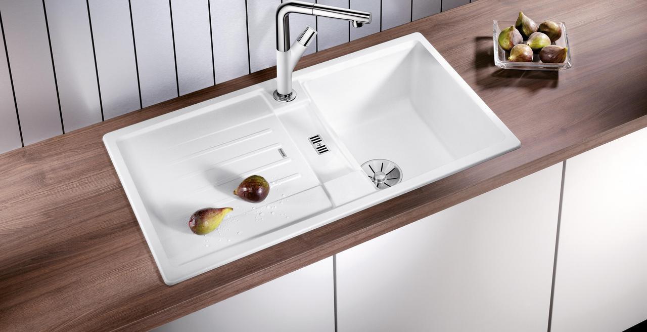 LEXA - Harmonische Konturen für jede Küche