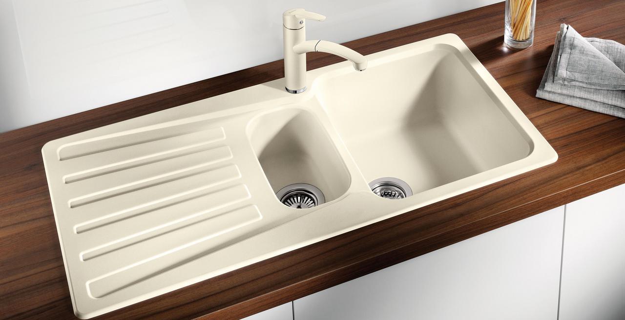 NOVA - Classic design with practical generosity