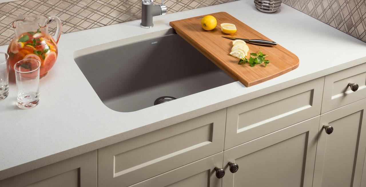 VALEA - The every day sink that goes beyond everyday expectations.