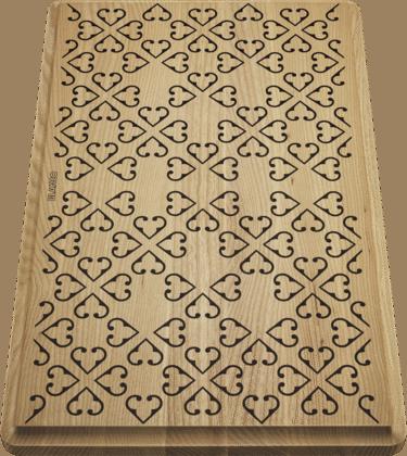 Schneidbrett aus massiver Esche mit Ornament-Dekor