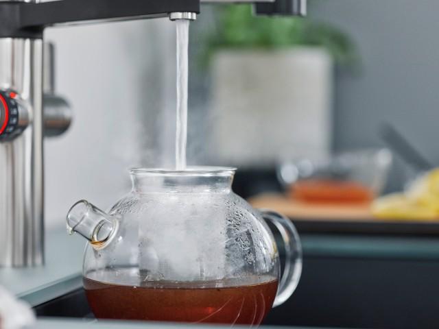 Kochend heißes Wasser direkt aus dem Wasserhahn