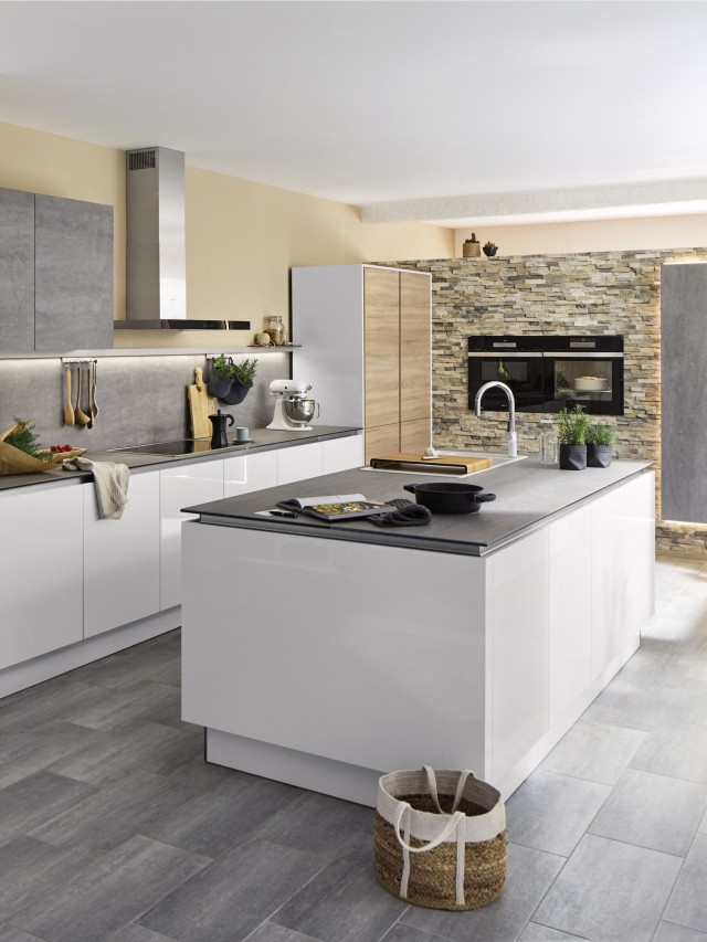 Avoid wall cabinets for a more open look in your eat-in kitchen