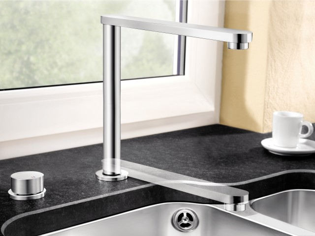 Stylish and practical: retractable taps give you space in an instant.