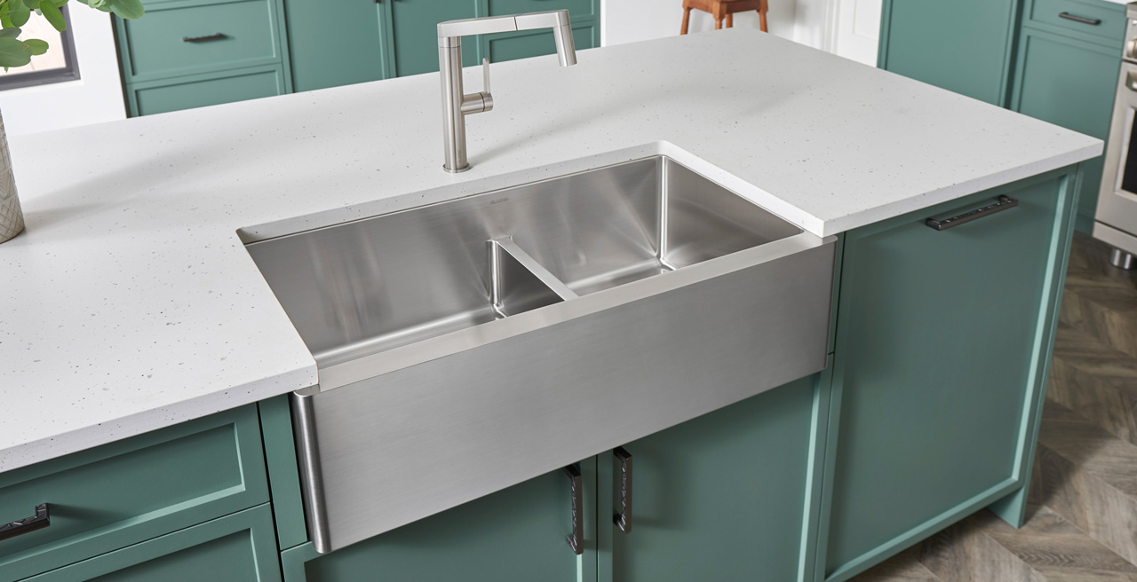 QUATRUS R15 1.75 Farmhouse Kitchen Sink