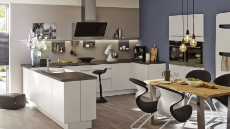 The U-kitchen is particularly well suited to families due to its spacious working area.