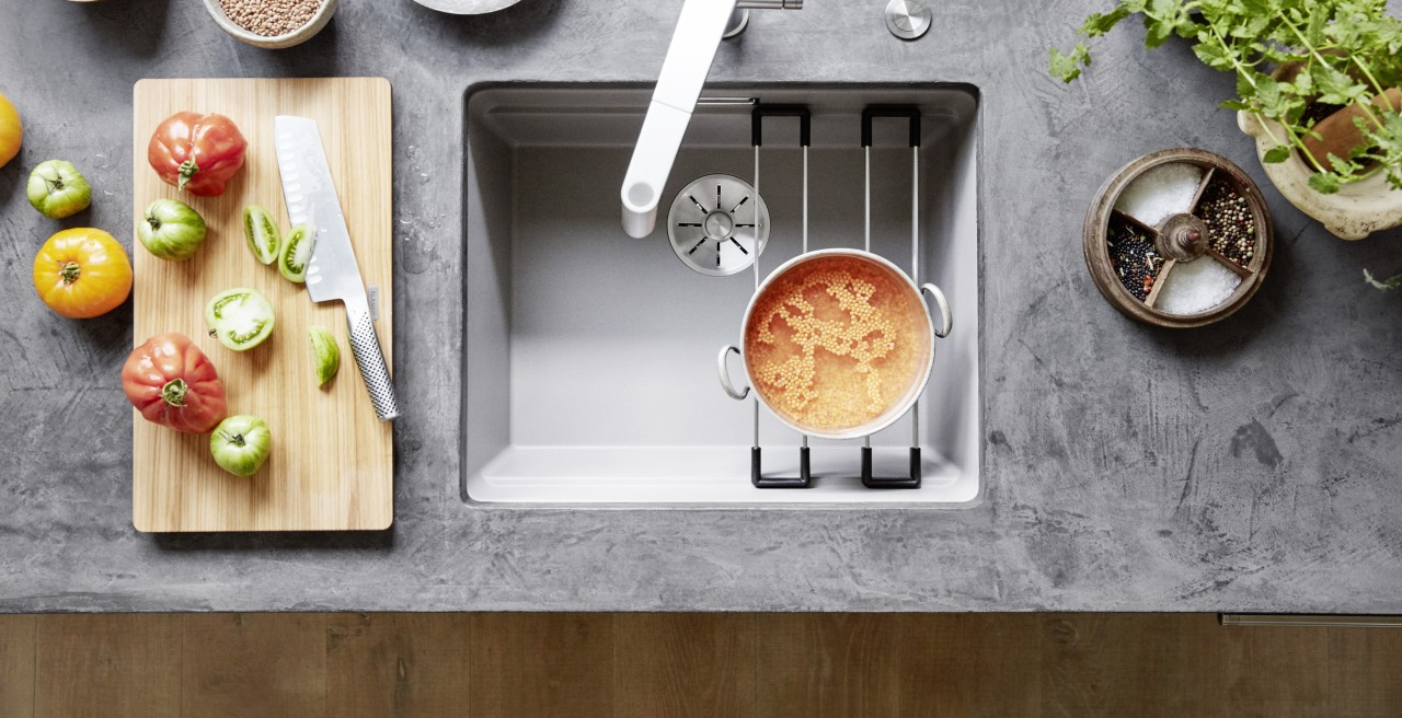The sink as a cooking hub