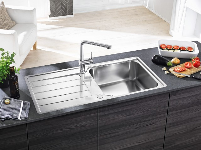 The new Classimo sink series from Blanco offers clever details