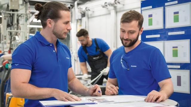 Employees at the Sinsheim factory
