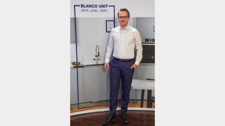 Stefan Bregler, Leiter Sales Marketing, präsentiert das Blanco Unit- Partner-Vermarktungsprogramm.