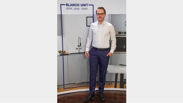 Stefan Bregler, Leiter Sales Marketing, präsentiert das Blanco Unit- Partner-Vermarktungsprogramm.
