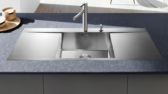 The exclusive Blanco Flow-IF sink line is a highly impressive confirmation of design competence.