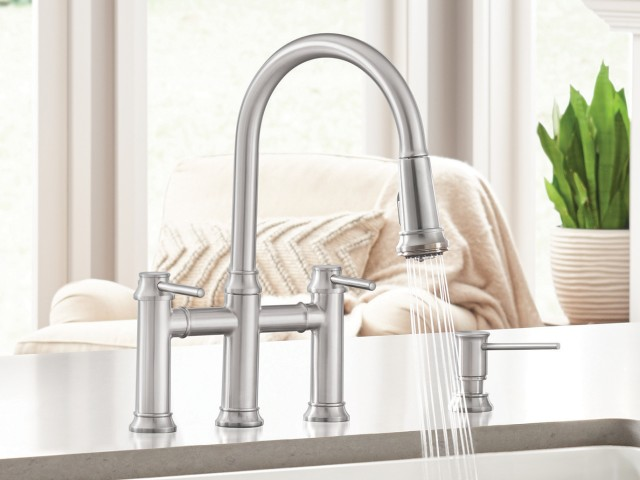 Empressa Bridge Kitchen Faucet