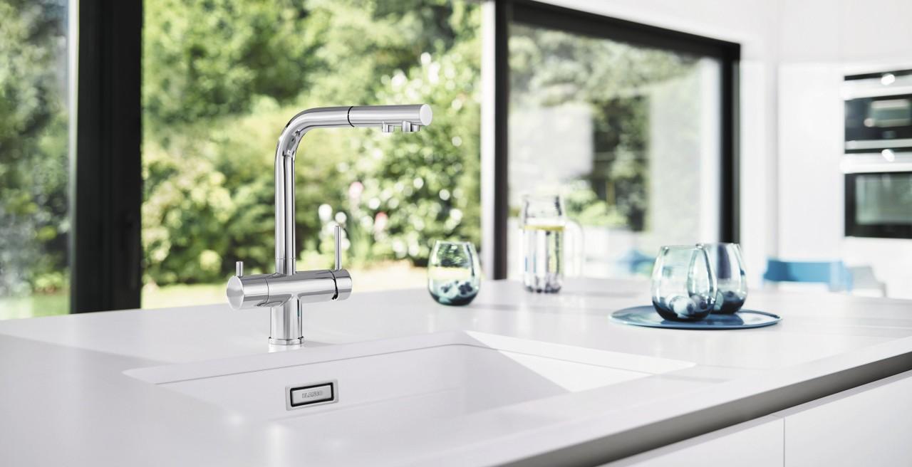 Die FONTAS II glänzt in der Küche nicht nur mit gefiltertem Wasser direkt aus dem Wasserhahn