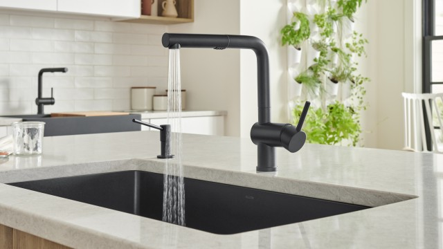 LINUS 1.5 GPM Kitchen Faucet in BLANCO coal black