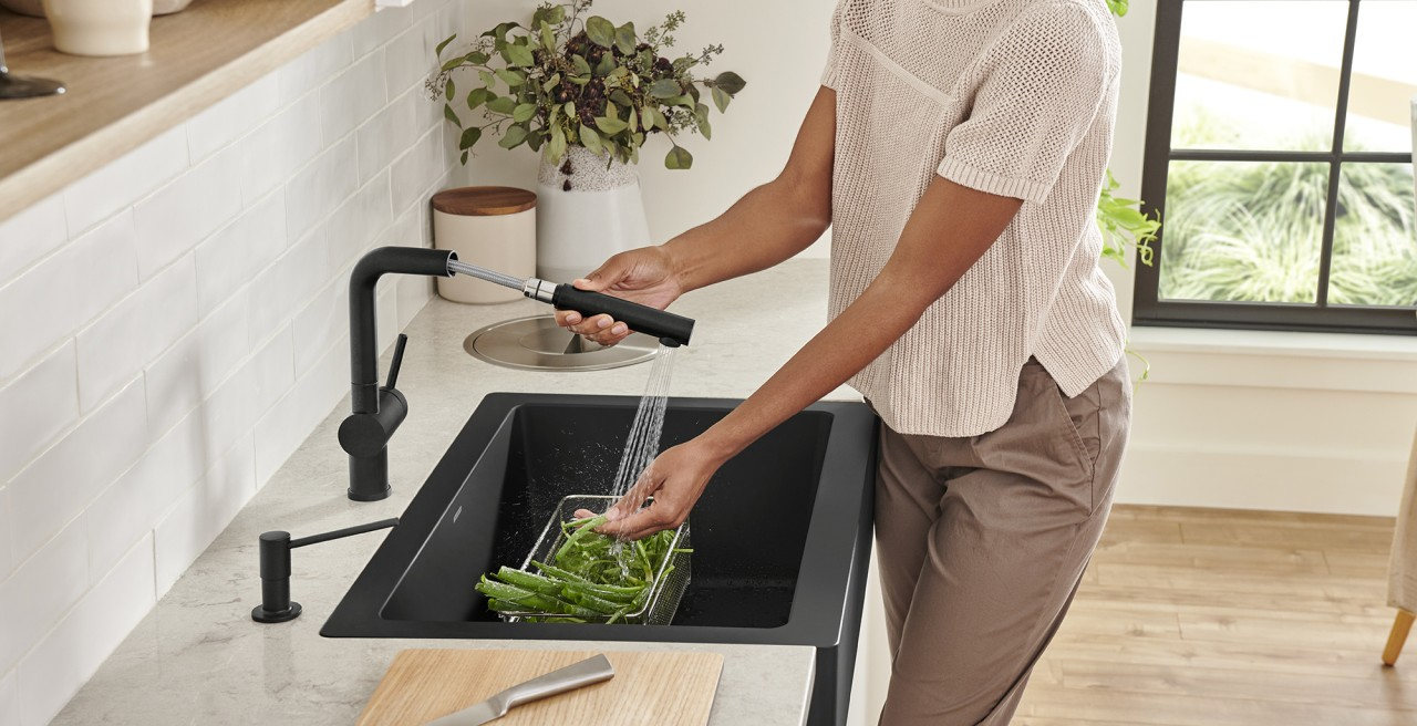 Urbena Kitchen Faucet in Chrome and SILGRANIT White - Dual Finish Faucets