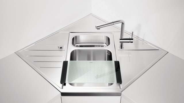 BLANCO corner sinks are miracles of compact design for small kitchens