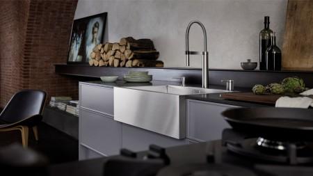BLANCO Spülstein aus Edelstahl in moderner Küche
