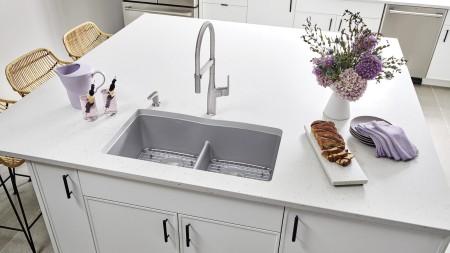 Évier de cuisine Diamond U2, Gris métallique, avec robinet Rivana Semi Pro et distributeur de savon fini acier appliqué par déposition de vapeur