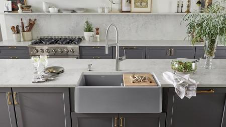 Farmhouse sinks have a custom installation type