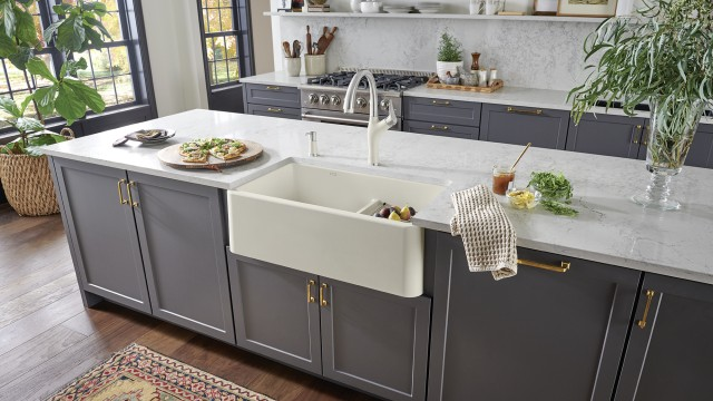 IKON 33 1.75 Low Divide Farmhouse Kitchen Sink in biscuit with Artona Kitchen Faucet in PVD/biscuit