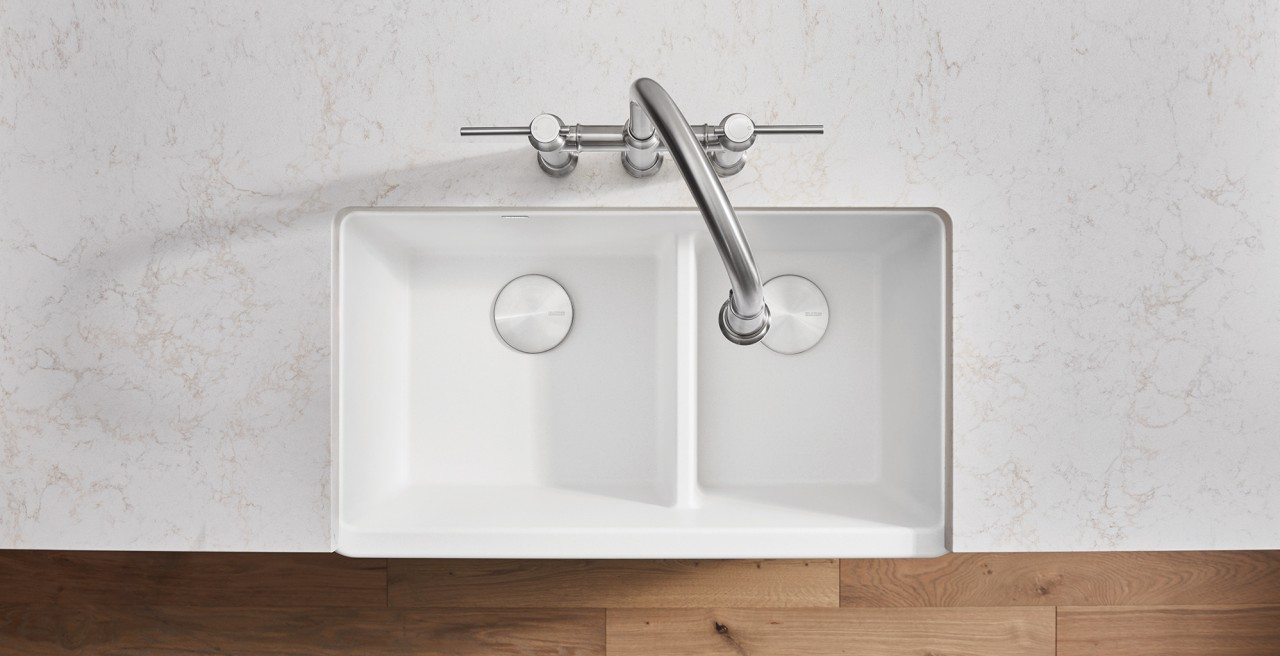 Ikon 33 1.75 Low Divide Kitchen Sink in SILGRANIT White / Empressa Bridge Kitchen Faucet