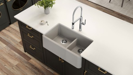 Farmhouse kitchen sinks feature deep, wide bowls - ideal for busy kitchens!