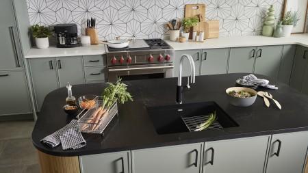 Precis 24 Kitchen Sink in Coal Black | Urbena Kitchen Faucet and Lato Soap Dispenser in Chrome/Black