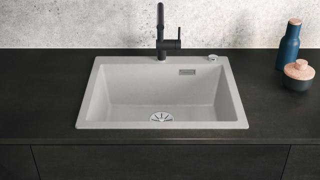 BLANCO PLEON ist die ideale Ergänzung für die Küche mit Loft-Charakter und ihrem besonderen Charme.