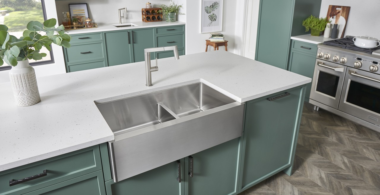 Quatrus R15 1.75 Farmhouse Kitchen Sink - BLANCO stainless steel will keep its brilliance for years!
