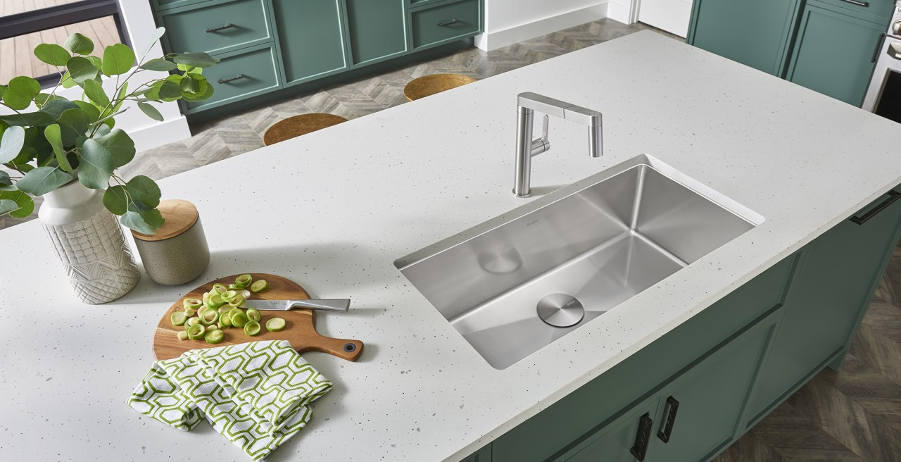 QUATRUS R15 Stainless Steel Kitchen Sink - BLANCO stainless steel is impervious to water stains