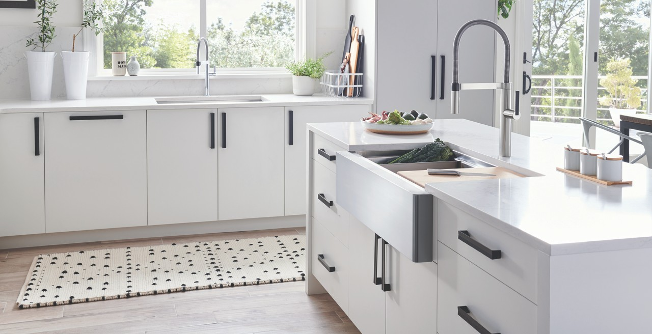 QUATURS R15 Ergon Super SIngle Apron Front Kitchen Sink. Made with BLANCO Stainless Steel