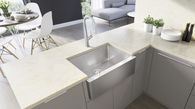 522215 QUATRUS R15 Medium Apron Front / Farmhouse Kitchen Sink in High-Quality Stainless Steel