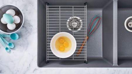 Évier de cuisine Precis U2 avec grille flottante en acier inoxydable