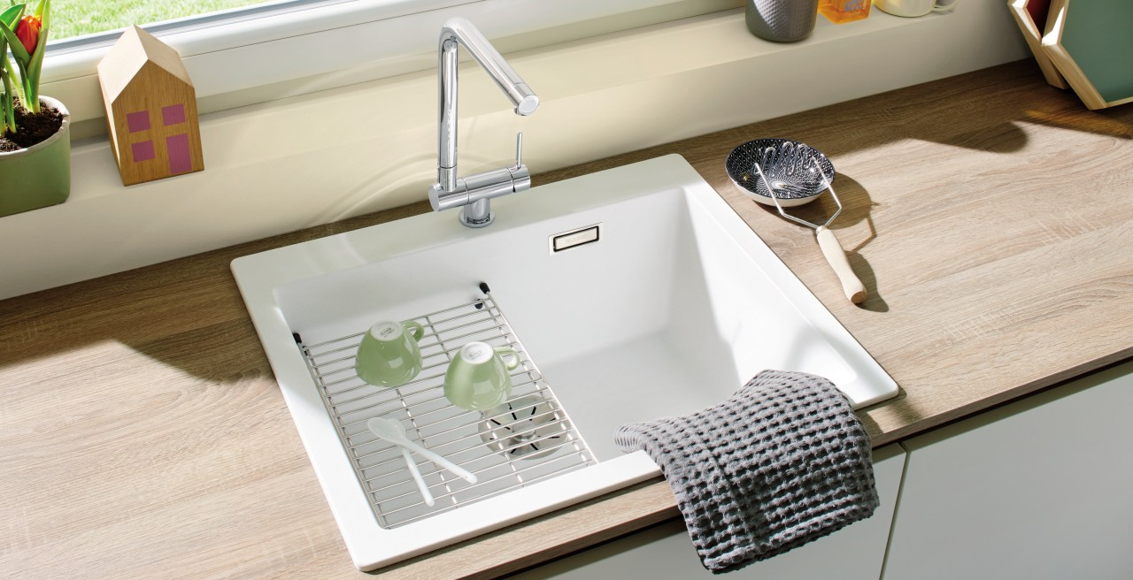 Sink accessories allow you to use even the space over your bowl
