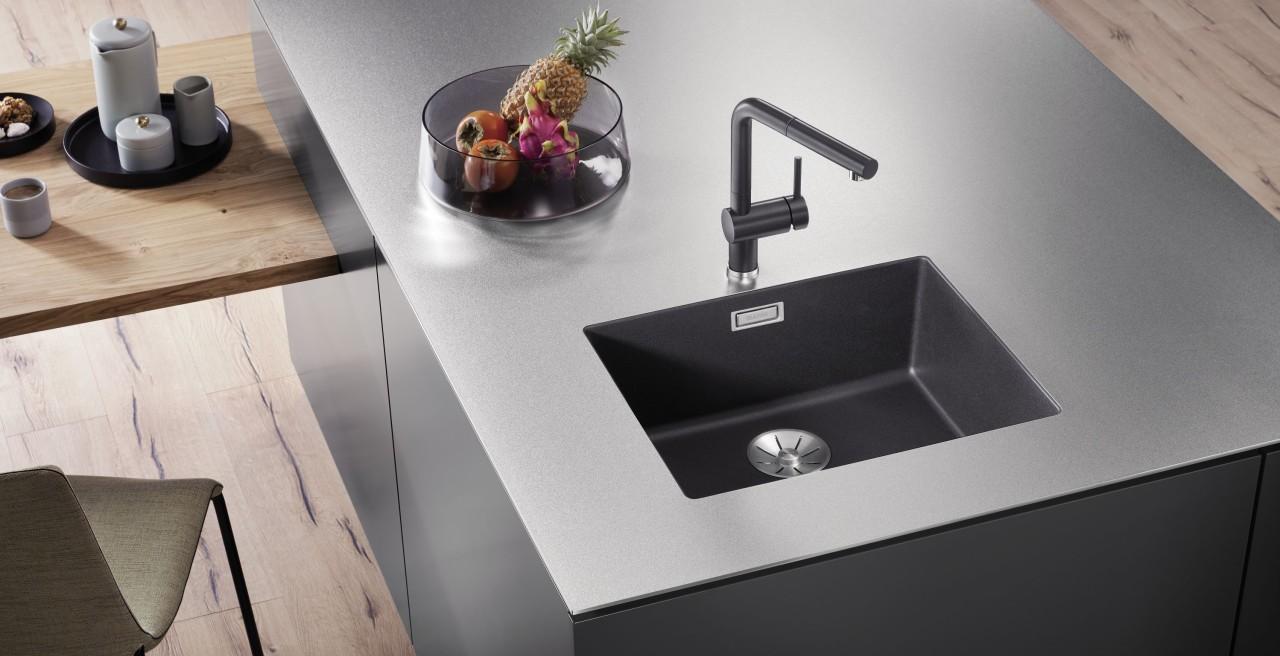 Nutzen Sie ein Becken aus Silgranit für Ihre Spüle im Industrial Style.