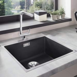 The BLANCO SUBLINE undermount bowls offer variety, with SILGRANIT PuraDur and Ceramic models