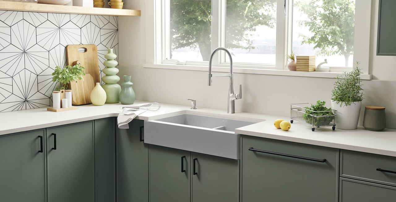 Vintera 33 Farmhouse Kitchen Sink in concrete gray with Rivana Kitchen Faucet and Soap Dispenser