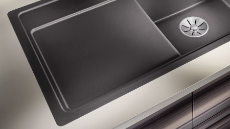 Colours aren't a problem for granite sinks made of Silgranit – that's why BLANCO offers CombiColours