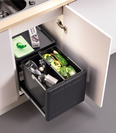 BLANCO offers waste separation solutions for hinged doors
