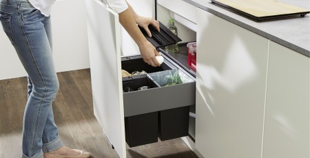 Rubbish sorting in the kitchen with BLANCO waste separation systems