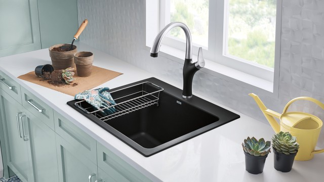 Artona Kitchen Faucet in Dual Finish Anthracite/Stainless Finish