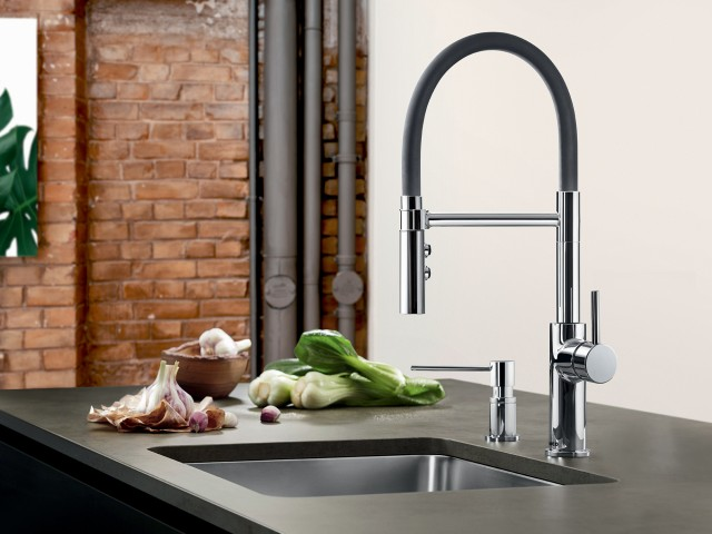 Catris Flexo Semi Professional Kitchen Faucet