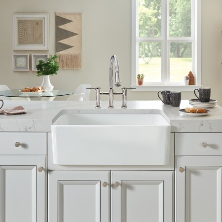 CERANA Farmhouse Kitchen Sink in Glossy Ceramic White by BLANCO