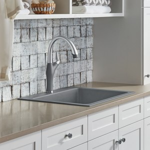 Liven in metallic gray with Artona ktichen faucet