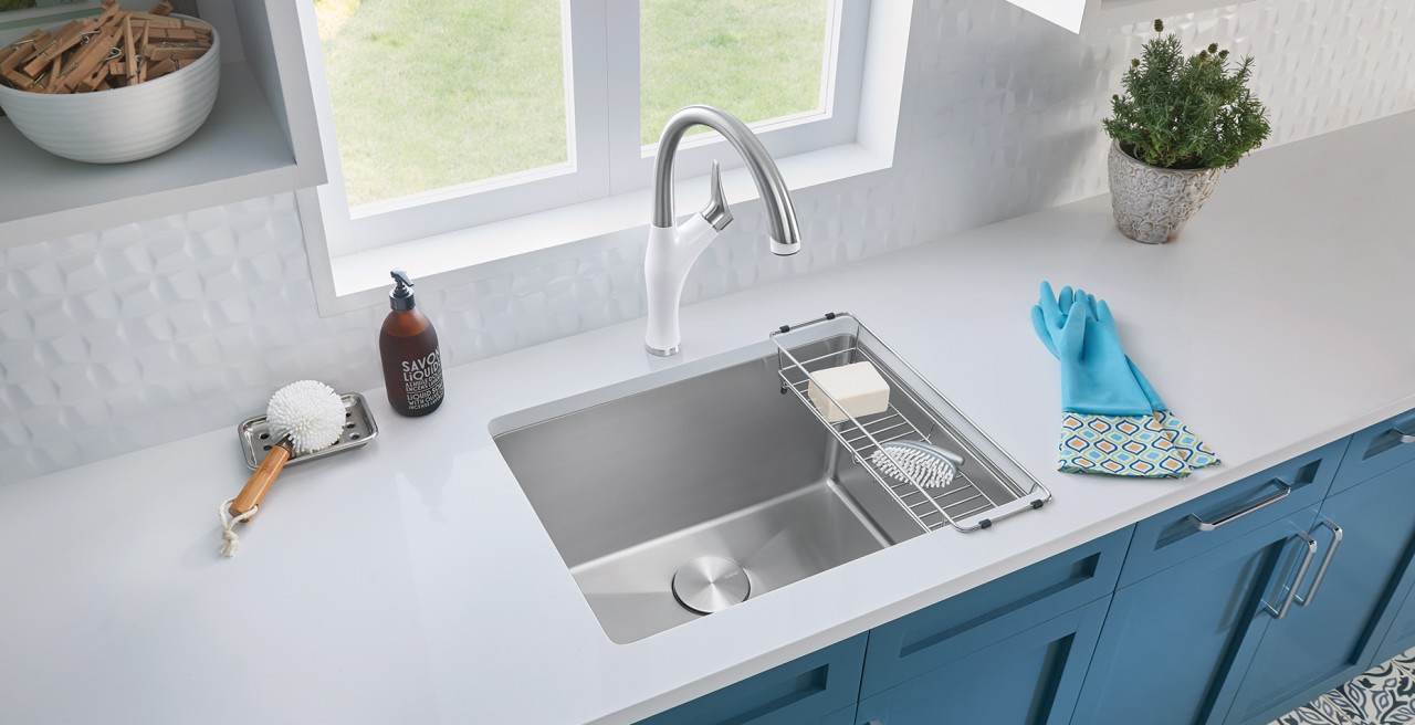 QUATRUS R15 Laundry Sink with Artona Faucet and Laundry Rack