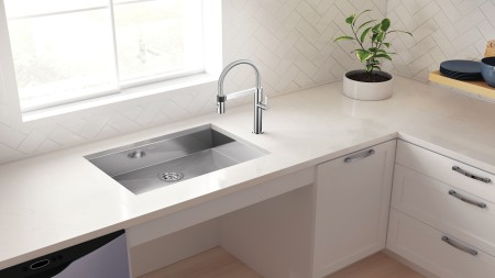 QUATRUS ADA/CSA Wheelchair Accessible Kitchen Sinks